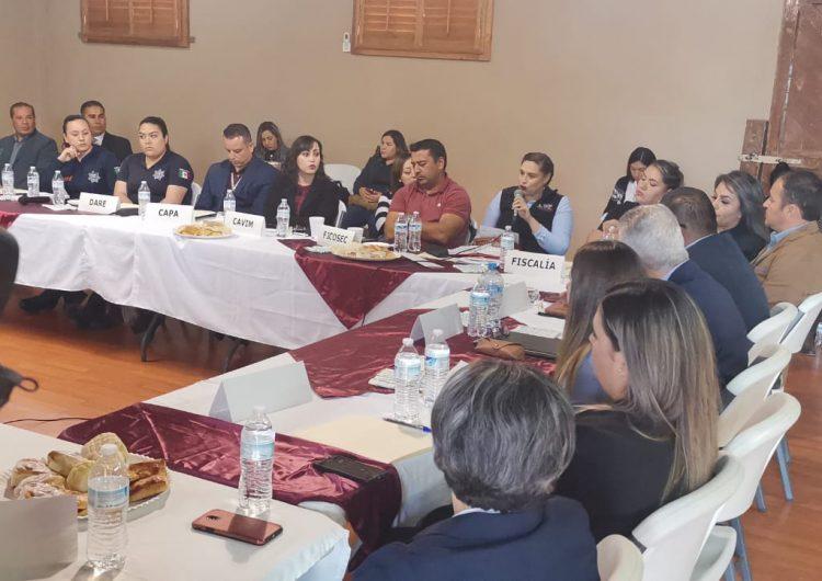Busca Estado a través del diálogo prevenir maltrato infantil