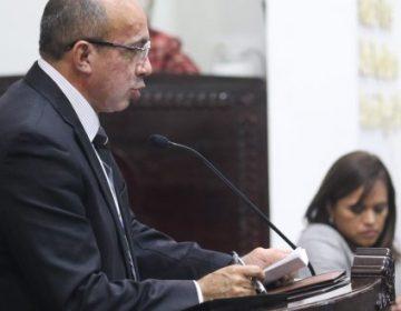 Insiste Morena en quitar candado de mayoría calificada