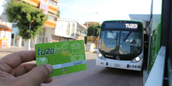 Destituyen al presidente de operadora del Tuzobús