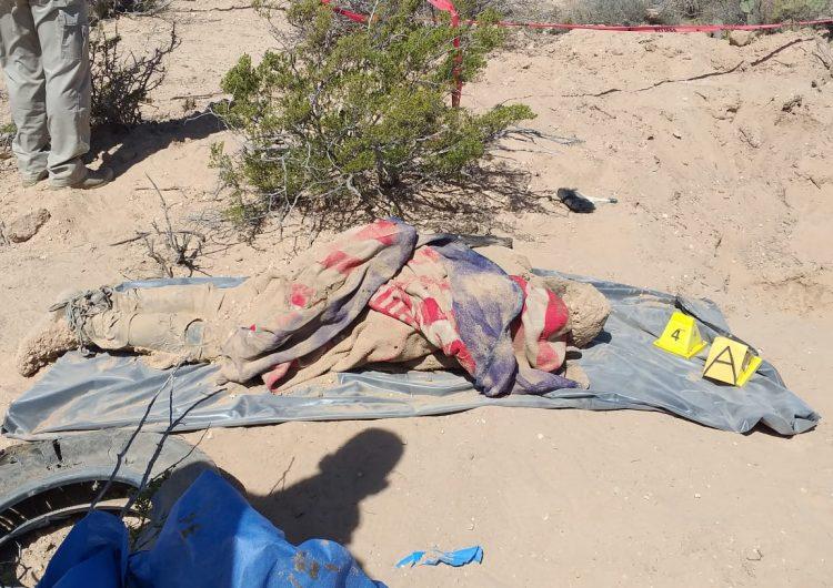 Hallan fosas clandestinas con 5 cuerpos en brecha a NCG