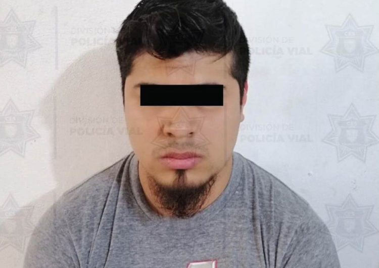 Arrestan a presunto falsificador de licencias de conducir