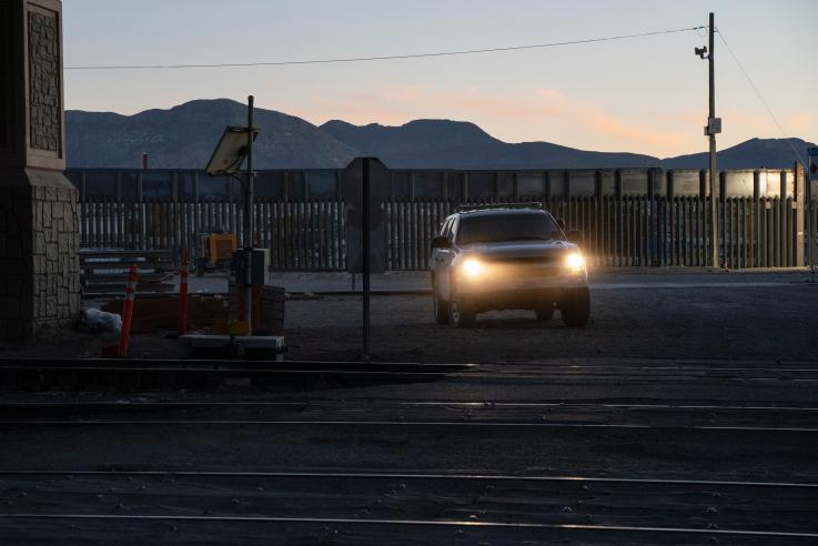 Soldados mexicanos confunden límites con EU y desarman a 2 soldados estadounidenses en su país