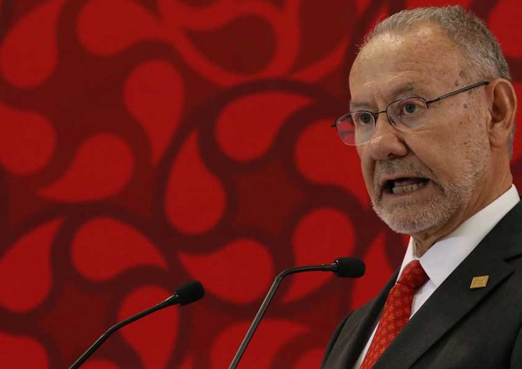 """""""Ridículas"""" las encuestas de AMLO: Ibero"""
