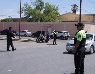 Desbloquean calle maestros jubilados; sigue protesta en Pensiones