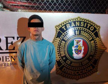 Arrestan a dos por agresión a oficial de vialidad