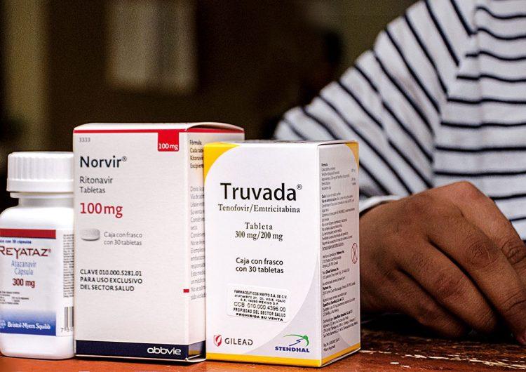 Quedan antirretrovirales para un mes…