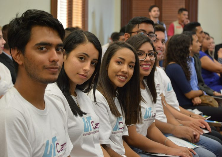 Apoyará Estado con becas a universitarios en vulnerabilidad económica