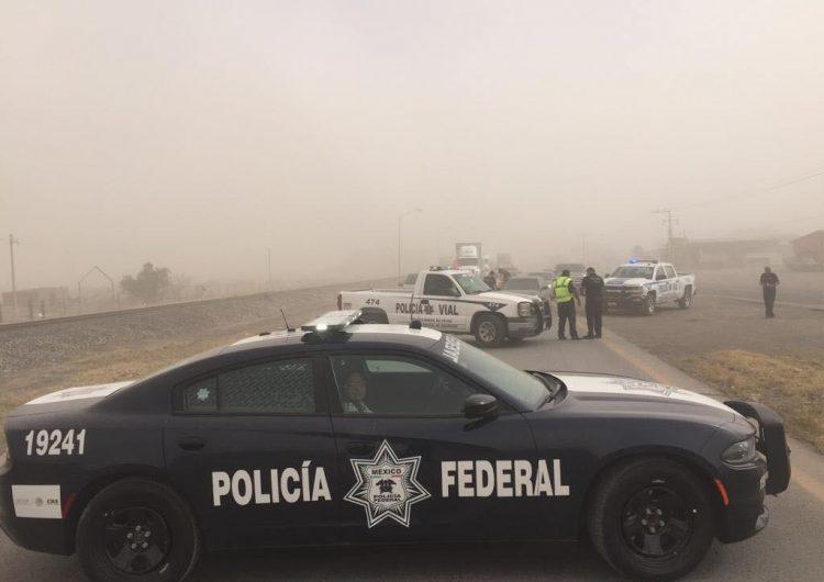 Cierran tramo Villa Ahumada-Juárez; nula visibilidad por tolvaneras