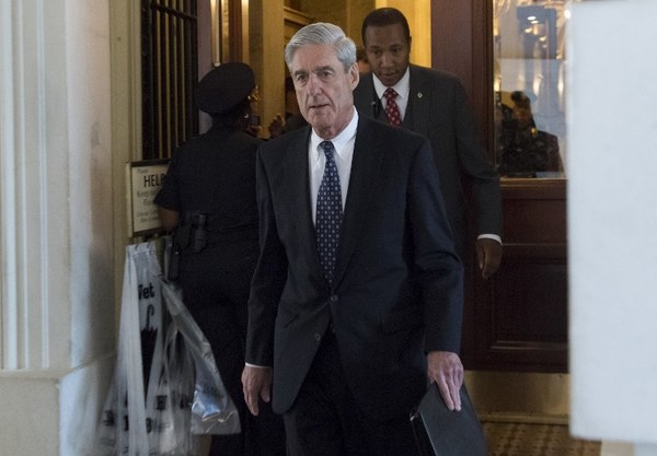 Funcionarios de EU crítican el informe de Mueller; piden que testifique ante el Congreso