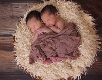 Nacen gemelos en Italia con dos meses de diferencia