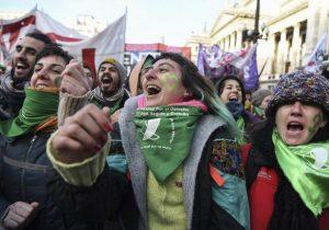 Regresa la marea verde al congreso argentino; hay nuevo proyecto para Ley de aborto
