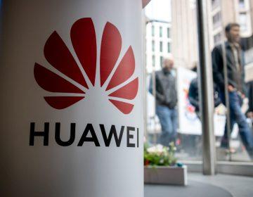 Colaboración entre Huawei y Gran Bretaña: De la inconformidad de EU a la destitución del ministro de Defensa