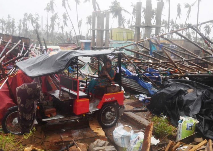 Ciclón Fani causa 3 muertos en la India y Bangladés; evacuan a más de 400 mil personas