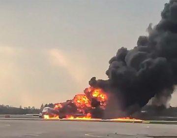 Piloto acusa que un rayo pudo causar el accidente de avión ruso que dejó 41 muertos