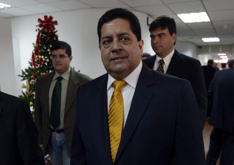 Detienen a uno de los 10 los diputados opositores acusados de traición a la patria en Venezuela