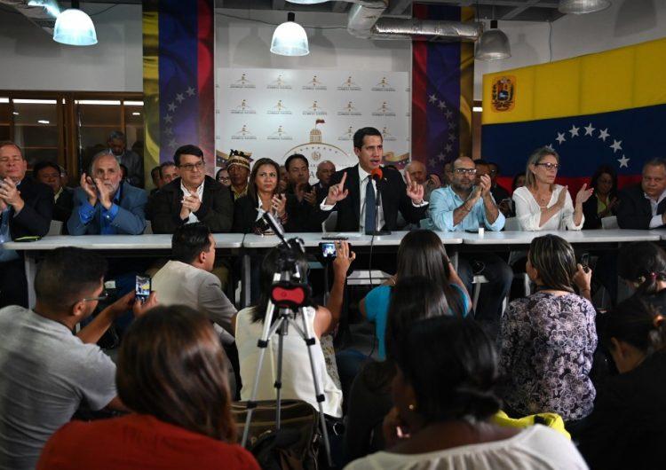 Retoma oposición venezolana control de la Asamblea Nacional, tras irrupción de fuerzas de seguridad