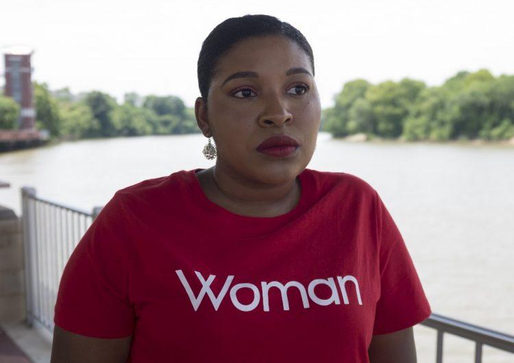 """De no haber podido abortar """"me habría matado"""", dice sobreviviente de violación en EU"""