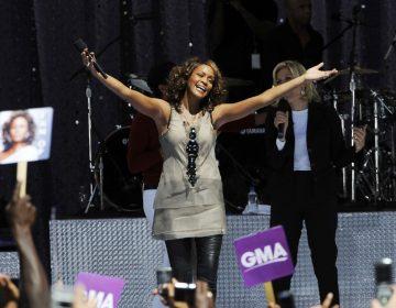 ¿Revivir a Whitney Houston? Proponen álbum póstumo y una gira con un holograma de la artista