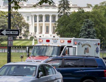 Hombre intenta prenderse fuego frente a la Casa Blanca; es el segundo este año