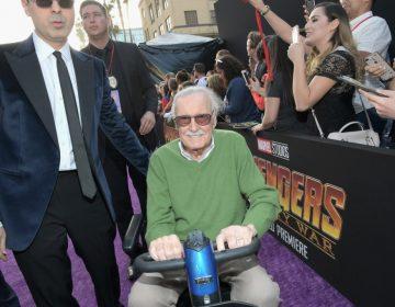 Detienen al exmánager de Stan Lee por abuso de debilidad, fraude y robo