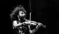 Ara Malikian, su violín y los garajes que lo salvaron…