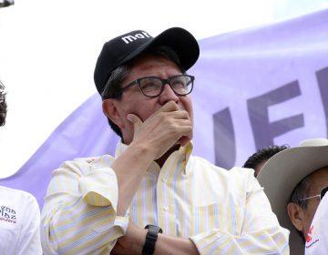 Denuncian a Ricardo Monreal ante FEPADE por condicionamiento del voto