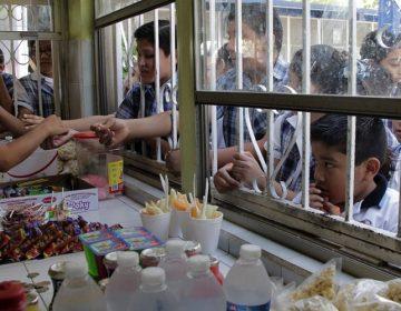 Van contra comida chatarra en las escuelas de Aguascalientes