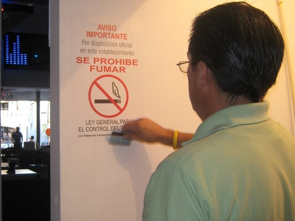 Sancionan a 18 bares y restaurantes por no respetar ley antitabaco
