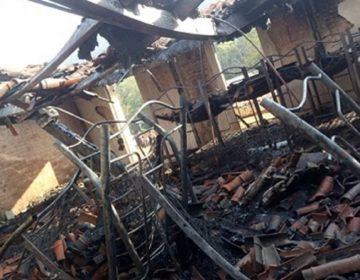 Incendio de albergue escolar en Yosondúa, Oaxaca deja sin techo a estudiantes