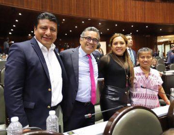 Diputados oaxaqueños de Morena defienden postura vs Reforma Educativa