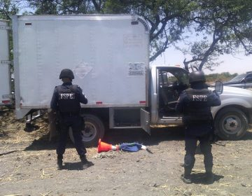 Hallan camioneta que transportaba combustible presuntamente ilegal