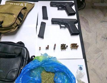 Detienen a dos hombres con armas y drogas en Purísima del Rincón