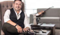 Jaime Flores y el arte de escribir canciones en donde…