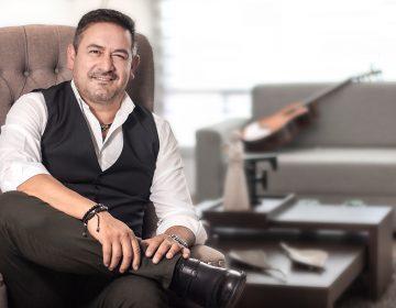 Jaime Flores y el arte de escribir canciones en donde quiera que esté