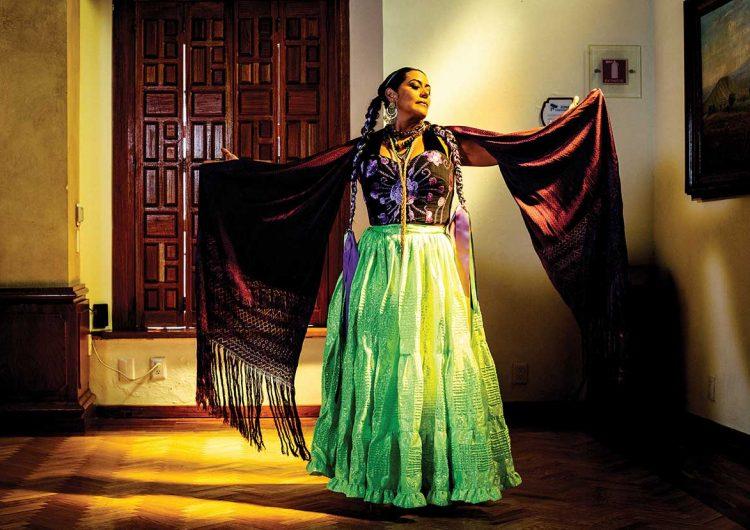 Al chile con Lila Downs, un homenaje a un esencial mexicano