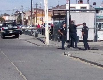 Caen dos presuntos asaltantes tras persecución y balacera en Pilar Blanco
