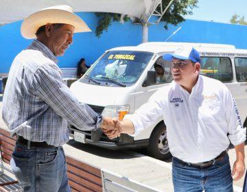 Adán Valdivia en reunión con transportistas de combis buscarán mejorar el servicio