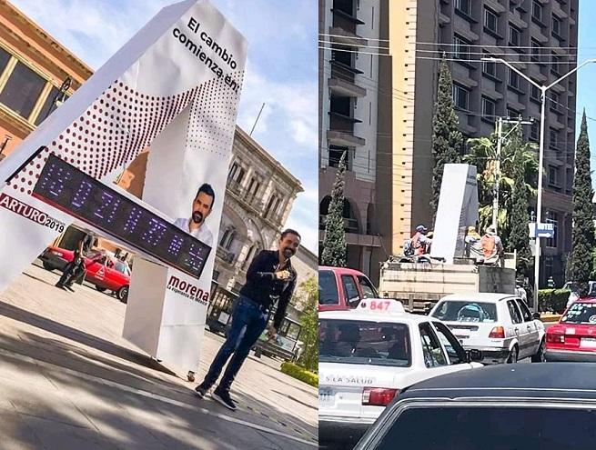 """Instala Arturo Ávila """"monumento"""" en la Plaza de Armas; después de unas horas lo quitan"""
