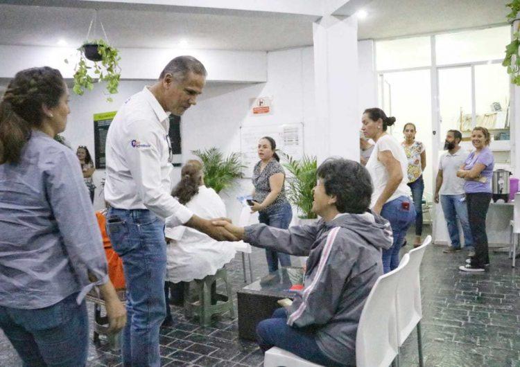 Toño Arámbula propone mantendrá las inmediaciones de la clínica #3 en las mejores condiciones