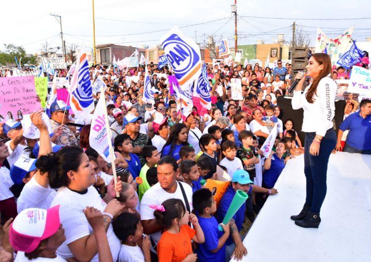 Asegurando ayudar a diversos sectores y agradeciendo el recibimiento, concluyó Tere Jiménez su campaña