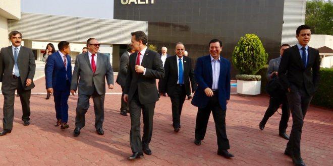 Marchará la UAEH en Pachuca durante la visita de AMLO