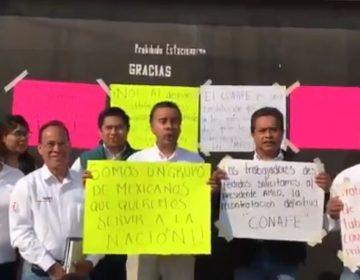 Protestan extrabajadores de Conafe delegación Puebla