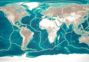 Científico analiza el desprendimiento de una placa tectónica frente a la costa europea