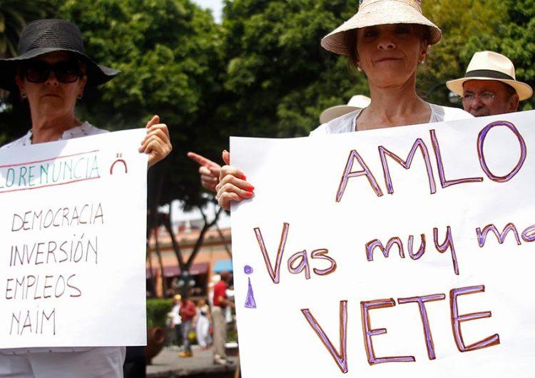 """No permitir la libre manifestación sería una """"incongruencia"""": AMLO"""