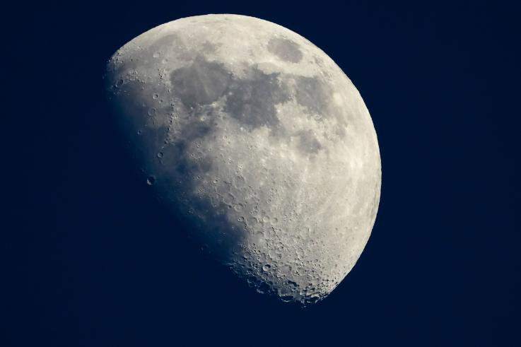 Renuncia jefe de la misión lunar de la NASA para el 2024