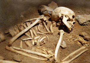 Nuestros ancestros caníbales veían a los humanos como una comida fácil