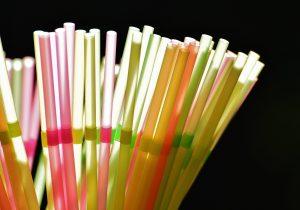 CDMX dice adiós a bolsas, cubiertos y popotes: prohibirá plásticos de un solo uso para 2020