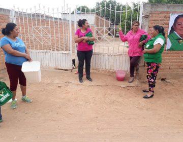 Chavelita Díaz impulsará que jóvenes embarazadas no dejen sus estudios otorgandoles becas