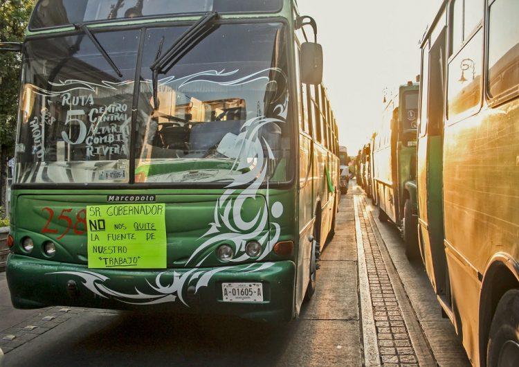 Camioneros siembran el caos en Aguascalientes