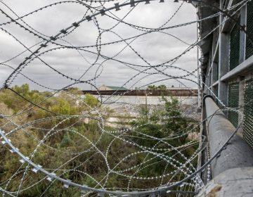La Patrulla Fronteriza localiza los cuerpos de una mujer y tres menores cerca de la frontera México-EU